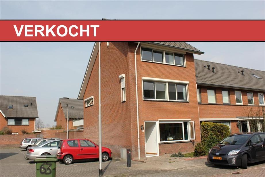 Plaats: Tilburg Type woning: Hoekwoning Waarde: € 225.000 Bouwjaar: 1991 – 2000 Perceel: 152 m² Inhoud: 455 m³ Kamers: 5 Beschrijving: Deze comfortabele, met een inhoud van maar liefst 455 […]